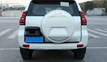 Chrome ด้านหลังอะไหล่ยางตกแต่ง 2 ชิ้นสำหรับ Toyota Prado Fj150 14-18