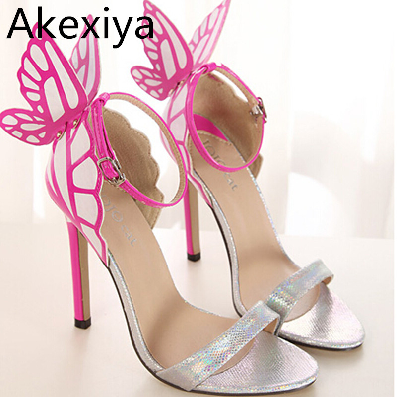 2017 talons de mariage de la personnalité européenne femmes haut papillon coloré sandales à talons pompes arc chaussures de soirée qvIyndutUa