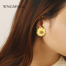 WNGMNGL 2018 Fashion Female Stud Earrings Korean Simple Design Yellow Pink Green Daisy For Women Party Jewelry Gift