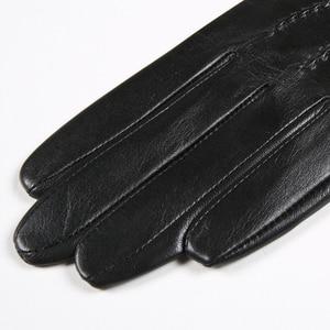 Image 5 - Gours 秋と冬の女性の革手袋ファッションブランド黒半袖駆動グローブ金属チェーンゴートスキンミトン GSL008