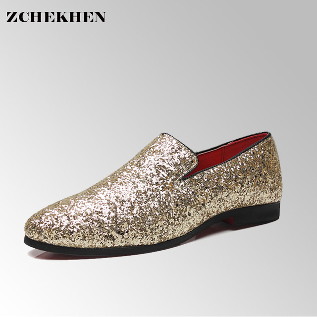 dd22d14cc9ff9 US $26.6 24% OFF|Europe bling Flat Leather Shoes Rhinestone Fashion Mens  Loafer Dress Shoes Men Casual Diamond Pointed Toe Shoes gold silver #33-in  ...