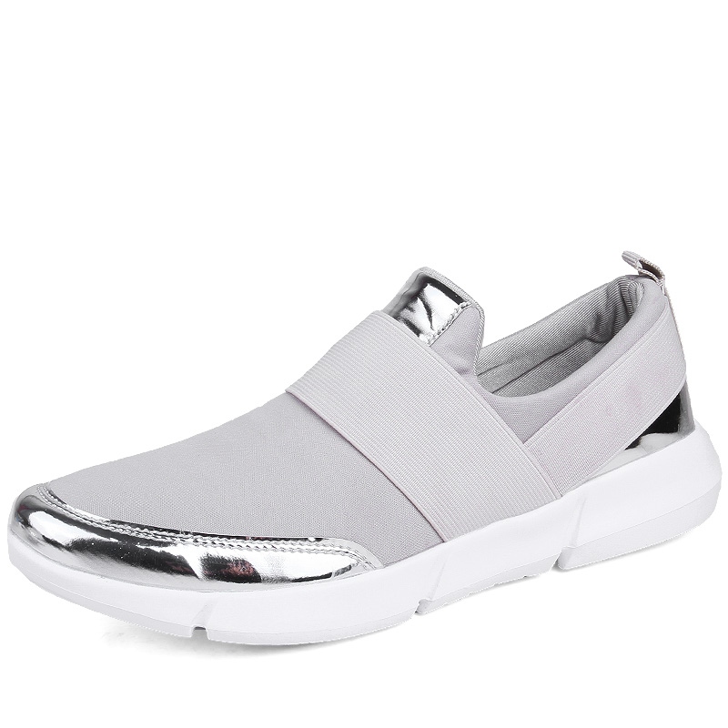 Chaussures de sports en mode d'été ...