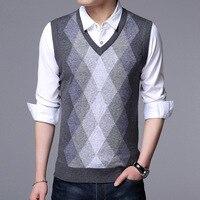 New Fashion Sweater Vest Man Casual Wear V Neck Wholesale Men Pullover Brand Sleeveless Jacket Knit