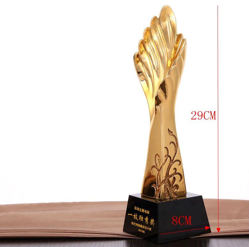 Haute qualité! nouveau trophée en résine trophée en métal créatif ailes d'or trophée en résine, livraison gratuite