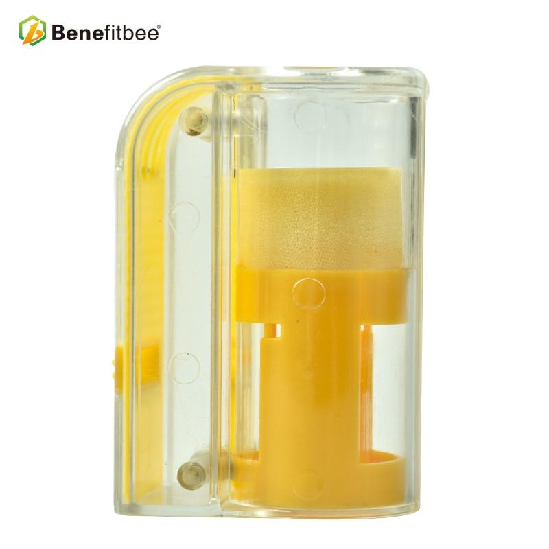 Image 3 - Выгодная пчела бренд ловушка для пчел королева клетка для пчел маркер для бутылки королева пчелиные клетки пчеловодства принадлежности для пчеловодства эквивалентный инструмент-in Инструменты для пчеловодства from Дом и животные