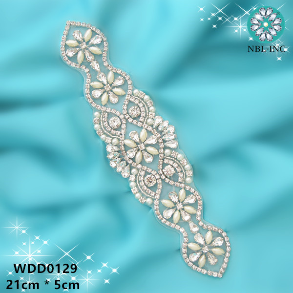 30 PIECES Wholesale hand sewing bridal sash beaded crystal silver rhinestone pearl applique for wedding