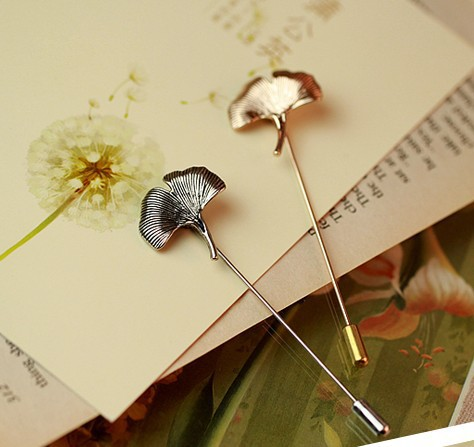 Retro Youth Art Fresh Ginkgo Leaves Sliver Gold Pins And Brooches For Women Trendy Metal Lapel Collar Safety Pin Jewelry