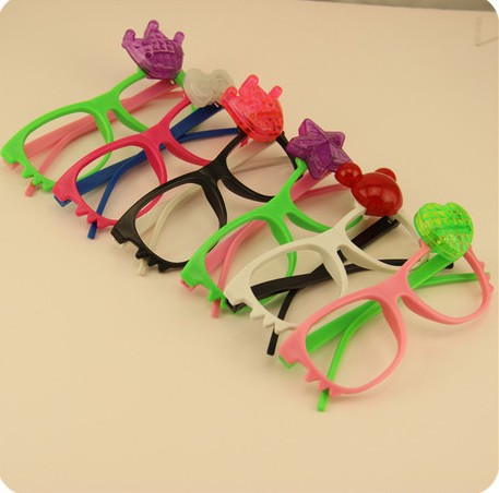 100pcs Girl's Kitty Party Toy Led Light Up KT Shape Glasses Toy for Women Night Party Plastic Luminous Toys With Battery