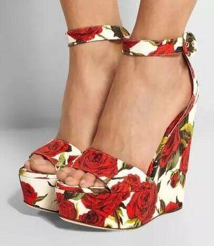 Bohemian Women Sandals Ankle Strap Straw Platform Wedges For Female Flower Shoes Flock High Heels Cover Heel Sandal