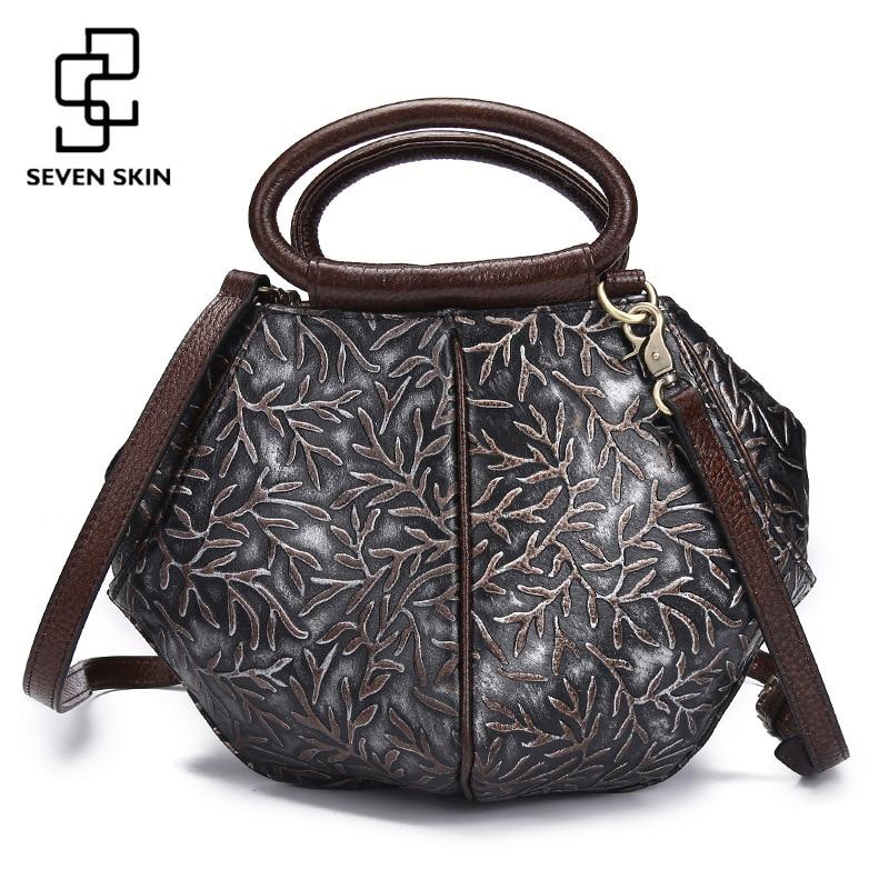 2017 New Fashion Women Shell Handbag Genuine Leather Shoulder Bag Embossed Flower Vintage Retro Bag Ladies National Medium Tote цены онлайн