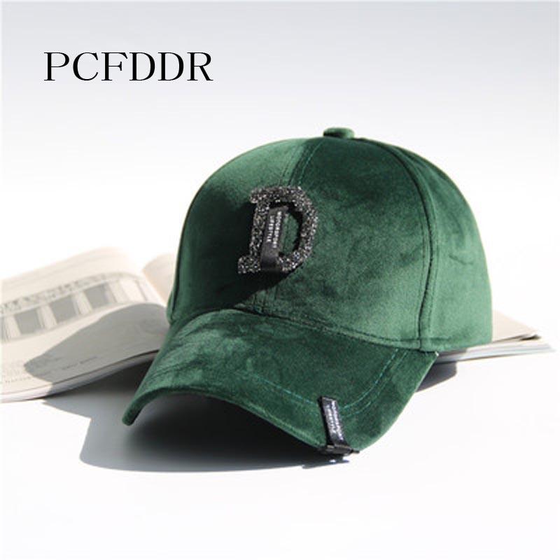 PCFDDR Autumn Winter D Ietter Rhinestone Velvet   Baseball     Cap  .