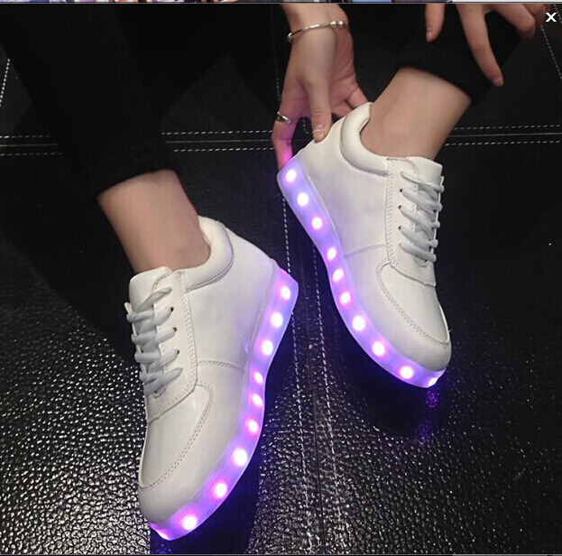 ФОТО High quality Led Shoes For Men Fashion Light Up Casual Shoes For Adults 7 Colors Outdoor Glowing Size35-45 light up shoes