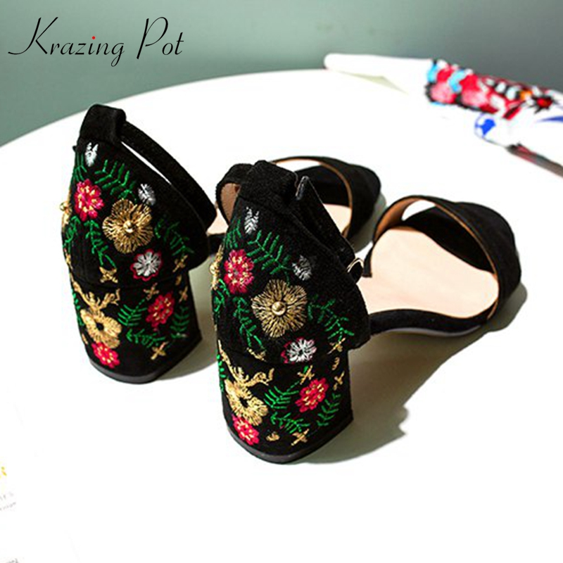 krazing pot new kid suede mature office lady women buckle straps embroidery high heels original design Chinese style sandals L34 цена 2017
