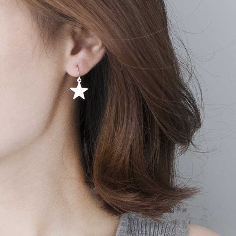 2019 ใหม่ต่างหูแฟชั่น Drop Retro Five - pointed Star ต่างหูรายชื่อ Dangling ต่างหูผู้หญิงเครื่องประดับขายส่ง