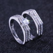 HUITAN Luxury 2PC Couple Engagement Ring Sets Solitare Prong Setting With Micro Paved Dazzling Stone Classic Wedding Band