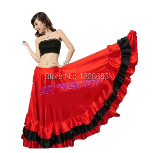 Black and red flamenco dress