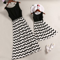 Striped Parent-child Dresses Casual Sleeveless Mini O-Neck Dress Simple Elegant Mother And Daughter Dresses 2