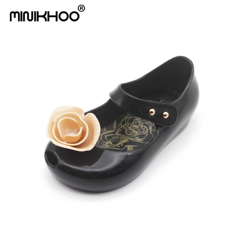Mini Melissa Brands 4 Color Rose Flower Beauty Beast Girls Jelly Sandals 2018 New Melissa Jelly Sandals Girls Beach Shoes