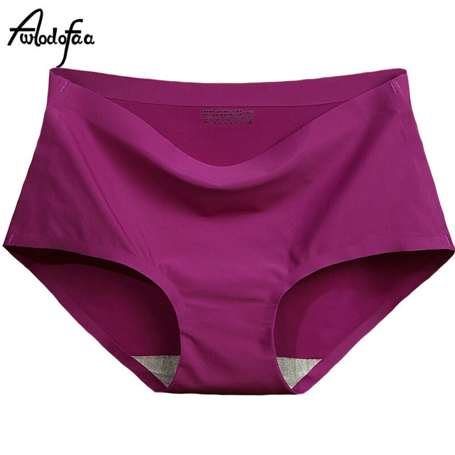 ea9dae22bd62 2018 High Quality Hot Sale Seamless Briefs Everyday Underwear Women Panties  Traceless Raw-cut Hipster Pink Briefs Intimate Girls