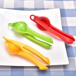 Image 3 - Limone arancia citrus spremiagrumi da cucina accessori per la casa multi funzionale mini portatile frullatore da cucina strumento premere maniglia manuale
