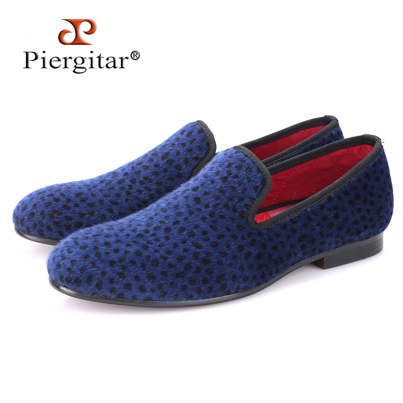 цены на Piergitar 2017 two color Leopard pattern men velvet shoes Fashion party and wedding men dress shoe male plus size flats loafers в интернет-магазинах