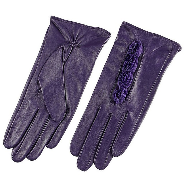 Genuine Leather Gloves with Roses