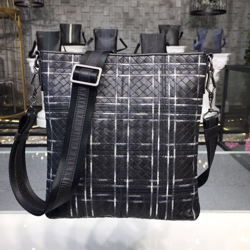 hand knitted bags 2019 zipper The single shoulder bag High quality cowhide Embroidery Business affairs Mens Bags leather bag  hand knitted bags 2019 zipper The single shoulder bag High quality cowhide Embroidery Business affairs Mens Bags leather bag