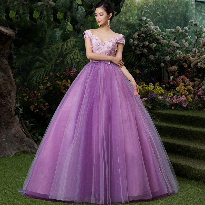 Sexy Purple V-neck Lace Appliques Ball Gown Floor Length Princess Victorian Dress Vestidos