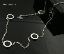 Nueva Elegante Collar Largo Collar de Cadena Larga, de Acero Inoxidable con Blanco/Negro Conchas, Modelos Clásicos Números Romanos Collar para Las Mujeres