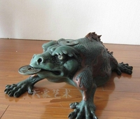 Chinese Bronze Copper Sculpture Fengshui Wealth Coin Golden toad Spittor Statue