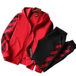 Image 1 - AmberHeard Uomini Sportsuit Set Moda Primavera Felpa Con Cappuccio + Pantaloni Abbigliamento Sportivo A Due Pezzi Set Tuta Per Gli Uomini di Fitness Abbigliamento