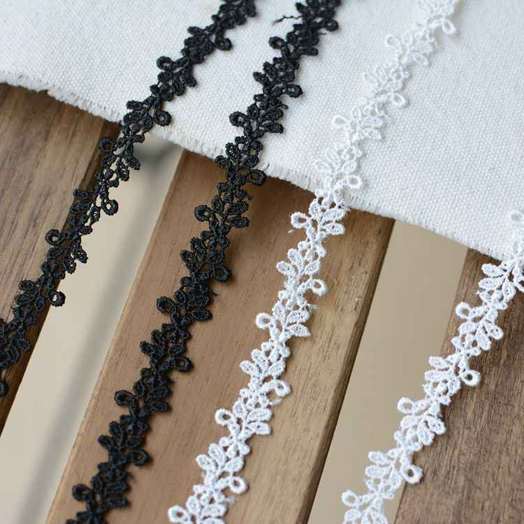 Small Size Guipure Lace Trim Black//White  Necklace Bracelet DIY Sewing Craft