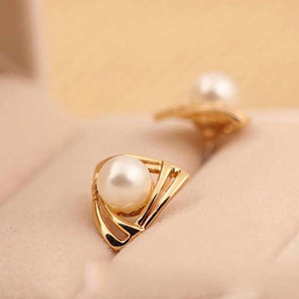 Vàng Trắng Simulated Trân Stud Earrings Phụ Nữ Charming Triangle Earring Pendientes Thời Trang Đồ Trang Sức Phụ Kiện
