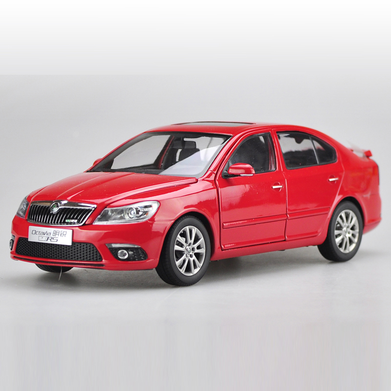 1:18 Diecast Model for Skoda Octavia RS 2014 Red Liftback Alloy Toy Car Miniature Collection Gifts VRS 1 18 diecast model for skoda octavia combi 2017 green alloy toy car miniature collection gifts