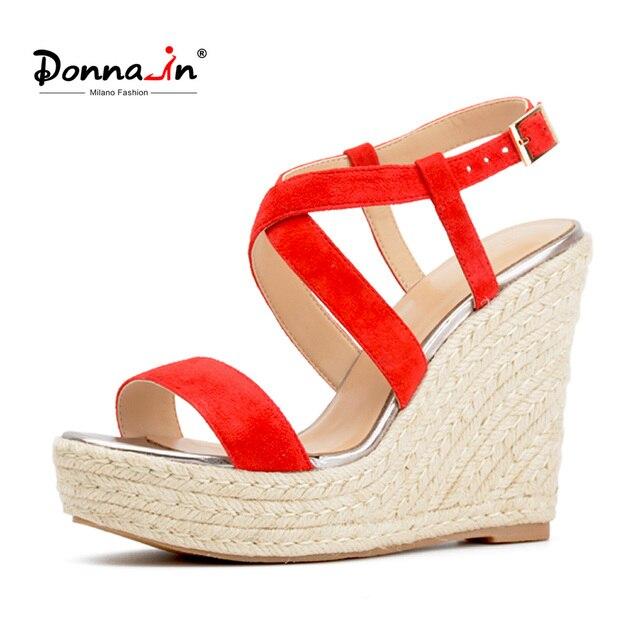 Donna-в 2018 Для женщин босоножки из натуральной кожи летние Высокие каблуки открытым носком Босоножки на танкетке с перекрестными ремешками Lades обувь