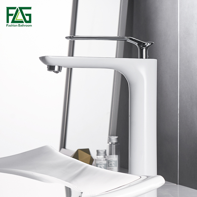 Bathroom Basin Faucets Modern Chrome Finished Bathroom Faucet Single ...