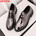 HEVXM Novas Mulheres Prata Sapatos Mulher Oxfords Sapatos de Prata Metálico Brilhante Couro Envernizado Sapatos Rebites Sapatos de Plataforma Do Vintage