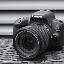 Canon EOS 200D / Rebel SL2 DSLR Camera & 18-55mm IS STM Lens