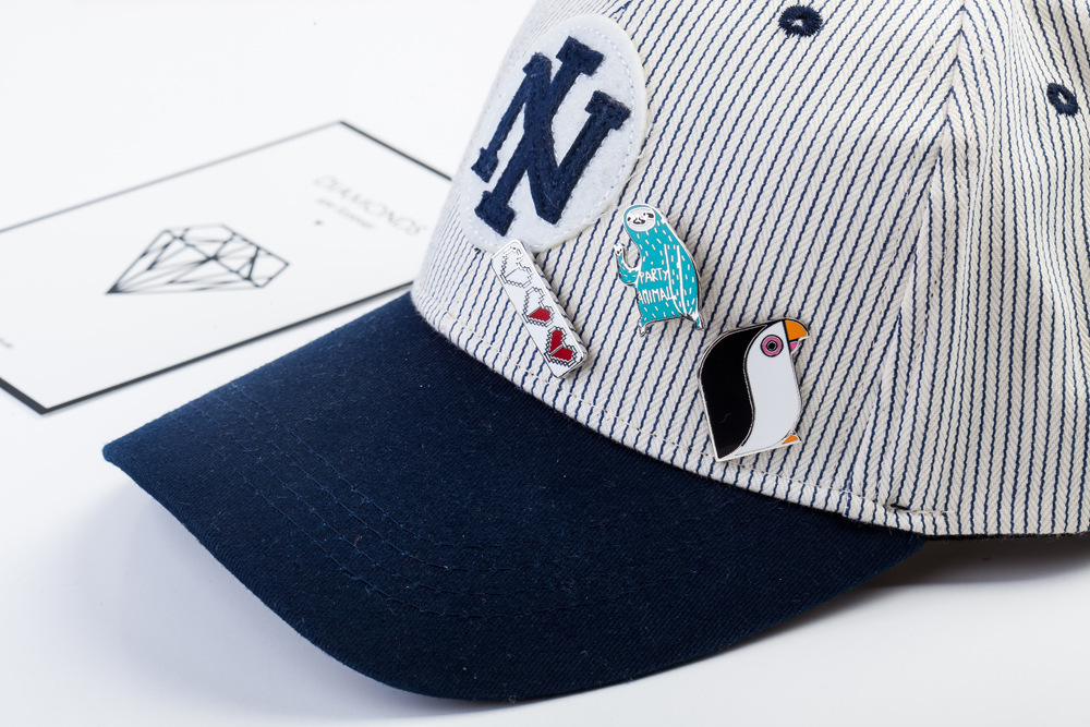 Sport Brooches Pelican Basketball Team Enamel Pin for Boys Lapel Pin Hat/bag Pins Denim Jacket Shirt Women Brooch Badge Q484