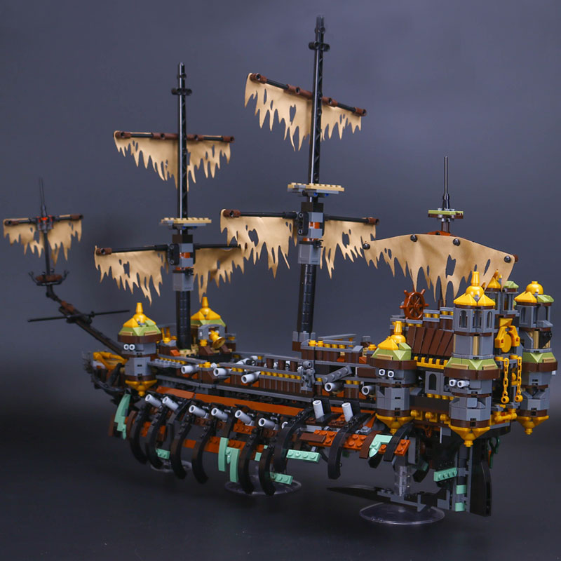 New Lepin 16042 Pirate Ship Series Building Blocks The Slient Mary Set Children Educational Bricks Toys Model Gift With 71042 lepin 16002 22001 16042 pirate ship metal beard s sea cow model building kits blocks bricks toys compatible with 70810