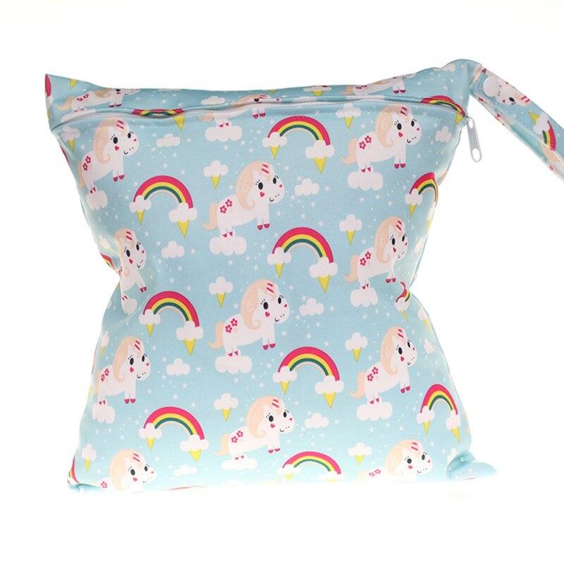 New Cartoon Baby Diaper Bags Carrying Bag Waterproof Wet Cloth Diaper Backpack Reusable Diaper Cover WetBag