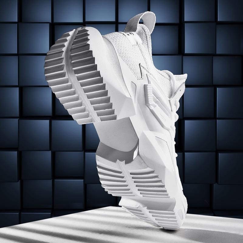 2019 Nouveau Hommes chaussures décontractées Chunky Sneakers Hauteur Plate-Forme Des Hommes Chaussures De Mode Noir Blanc Mâle Adulte à lacets Zapatos De Hombre