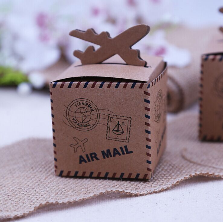 50pcs/lot 6cm*6cm Vintage Kraft Paper Candy Box Air Mail Wedding Favor Boxes for Travel Theme Wedding Decoration Mariage