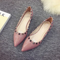 Fashion 2016 classic women sexy pointed toe rivet flat shoes female anti-wolf all match shoes