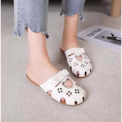 Sandals and slippers female 2018 models wild without heel wear baotou half trawl net red slippers 1