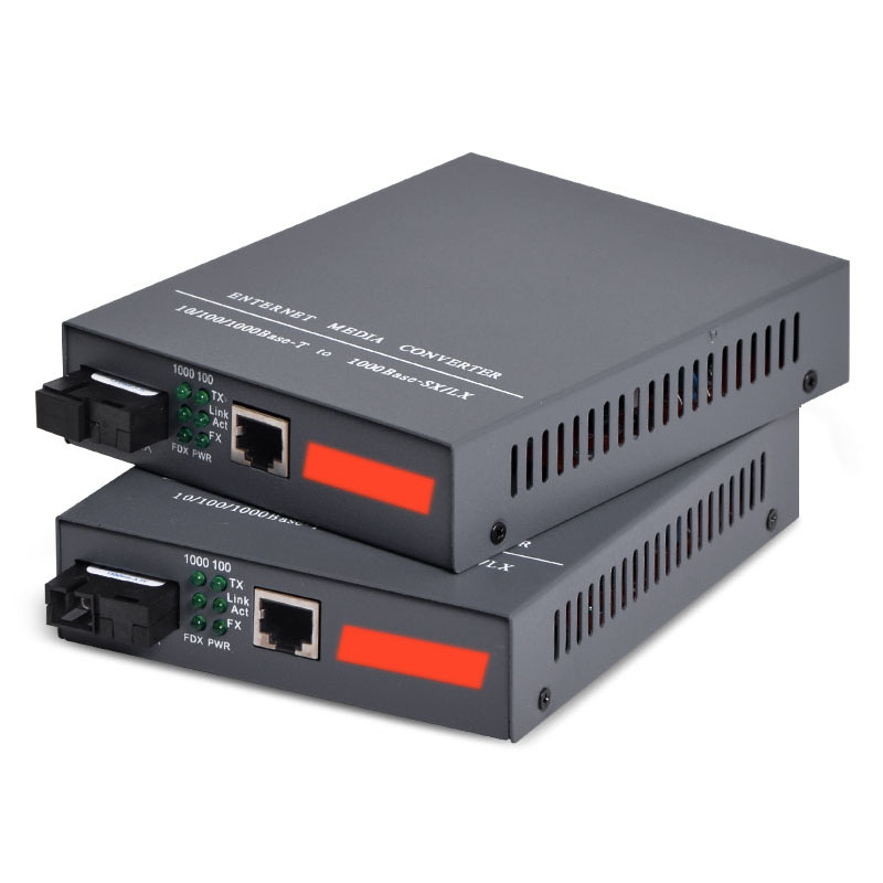 Gigabit Ethernet Media Converter, 1.25Gb/s, Single-mode SC Fiber, 1000Base-FX to 10/100/1000Base-TX, up to 20KM, 1 PairGigabit Ethernet Media Converter, 1.25Gb/s, Single-mode SC Fiber, 1000Base-FX to 10/100/1000Base-TX, up to 20KM, 1 Pair