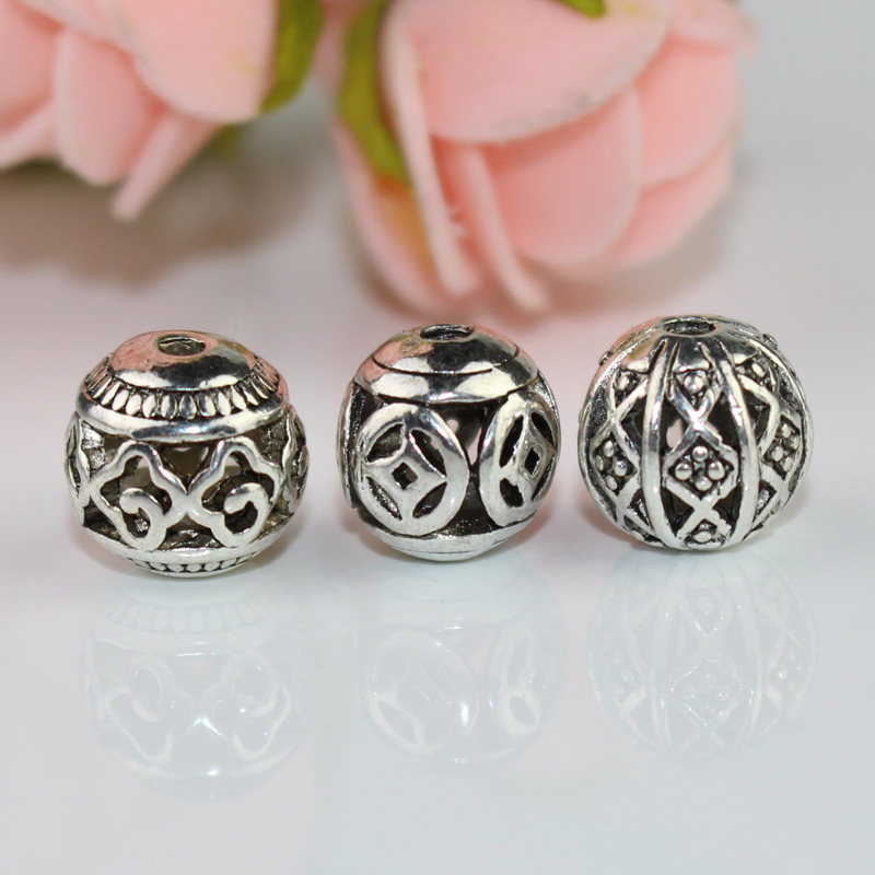 10pcs/lot Tibetan Silver Hollow Out Craft Round Ball Beads 10mm Decoration Ethnic Charm Spacer Jewelry Making Beading Materials