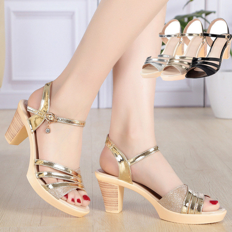 Spring / Summer 2018 New Women's Sandals With High Heels And Thick Heels And Water-proof Platform Casual Women's Shoes
