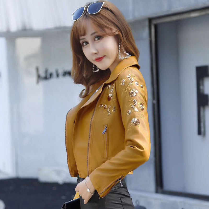 Punk Style Faux Soft Leather Suede Jacket Women Embroidery Floral Faux Leather Jacket Pu Motorcycle Epaulet Zipper Fringe Jacket