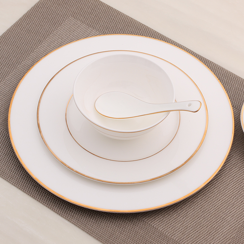 2017 Hot Sale European Style Dishes Bone China Dinnerware